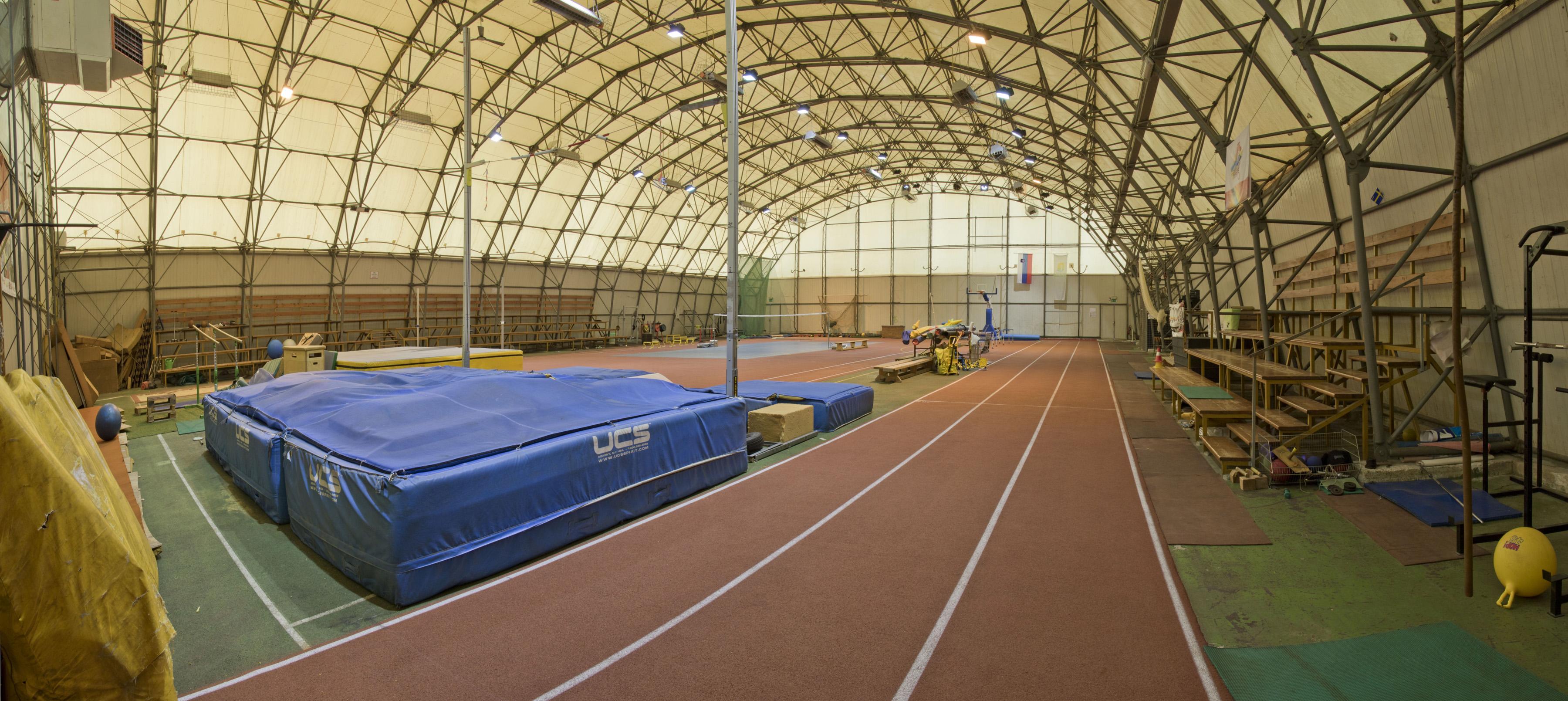 Atletska pokrita dvorana – Balon Brežice